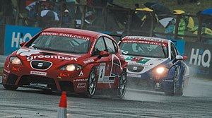 Jonathan Adam - Adam leads Martin Byford at the Croft round of the 2008 SEAT Cupra Championship.
