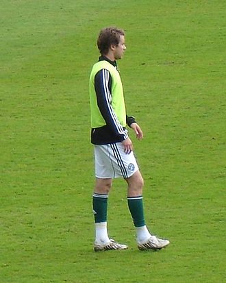 2009–10 Plymouth Argyle F.C. season - Kári Árnason scored his first goal for the club against Reading in December.