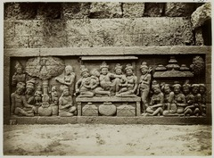 KITLV 27993 - Kassian Céphas - Relief of the hidden base of Borobudur - 1890-1891.tif