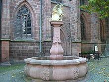 Brunnen an der Stiftskirche