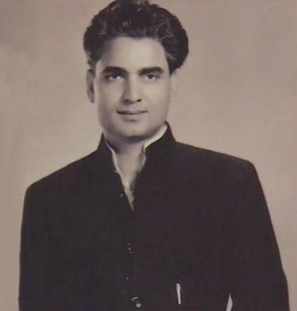 Kamal Amrohi (28553611573)