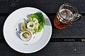 Kartoffelmad og øl (5988299711).jpg