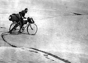 Kazimierz Nowak - Kazimierz Nowak crossing a desert in Africa