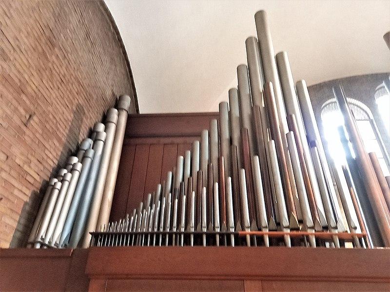 Datei:Knokke, Heilig Hart (Klais-Orgel, Prospekt Links) (3).jpg