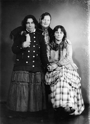 Finnish Kale - Three Finnish Romani women in 1930s.