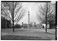 LOOKING WEST AT DAVIS MONUMENT. 2501 ON LEFT. - 2500 Block Monument Avenue, Richmond, Independent City, VA HABS VA,44-RICH,129-2.tif