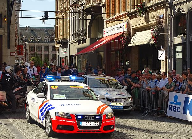 Leuven - Brabantse Pijl, 15 april 2015, vertrek (C20).JPG