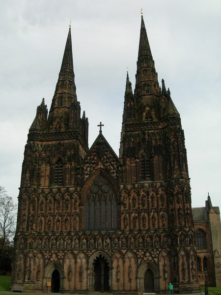 File:Lichfield Cathedral - geograph.org.uk - 1100846.jpg