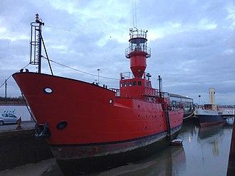 Sevenstones Lightship - Image: Lightship at Gillingham Pier (geograph 4220801)