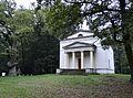Ludwigslust Schlosspark Helenen-Paulownen-Mausoleum 2014-10-12 002.jpg