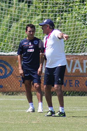 Luis Ernesto Pérez - Image: Luis Pérez and Ricardo Lavolpe CF Monterrey