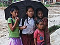 Mädchen im Monsun.JPG