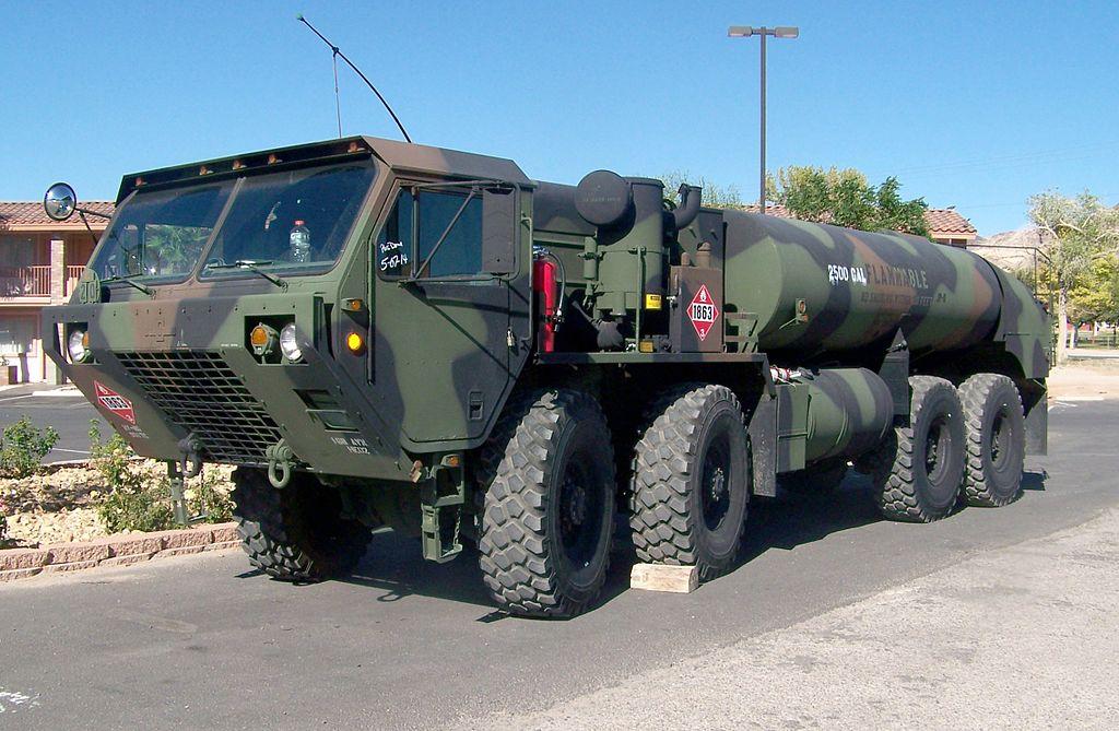 File:M978 tank truck in Beatty, Nevada jpg - Wikipedia