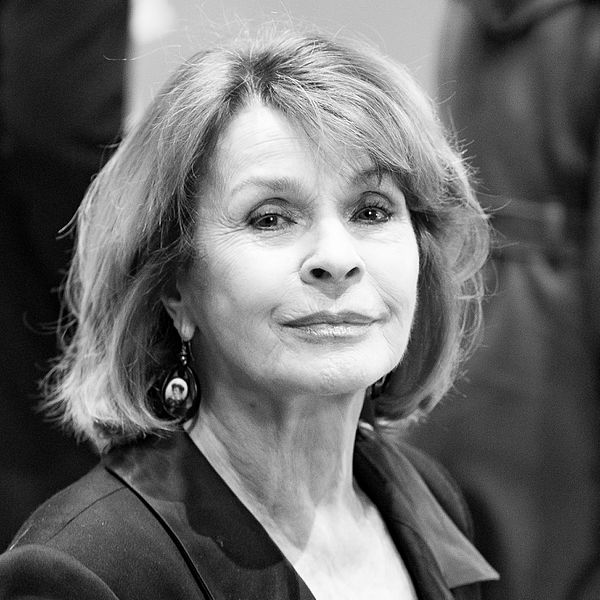 File:MJK30878 Senta Berger (Berlinale 2017).jpg