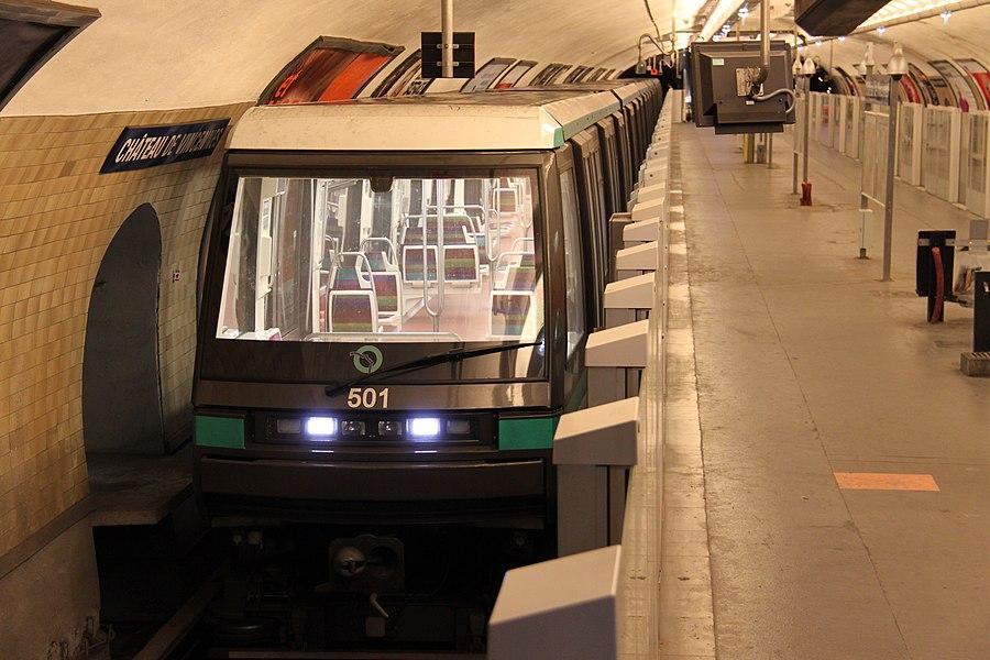 MP05 rame #501 at metrostation Château de Vincennes, terminus of line 1.