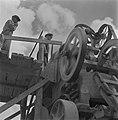 Machine om stenen te breken en te sorteren, Bestanddeelnr 254-4041.jpg