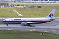 Malaysia Airlines B737-400(9M-MQN) (4441043764).jpg