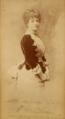 Maria Pia de Sabóia (1847-1911) - fotografia dedicada, datada de 1885.png