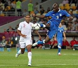 f6b63b03bf6b7 Balotelli foi um dos grandes destaques da Seleção Italiana vice-campeã da  Euro 2012.