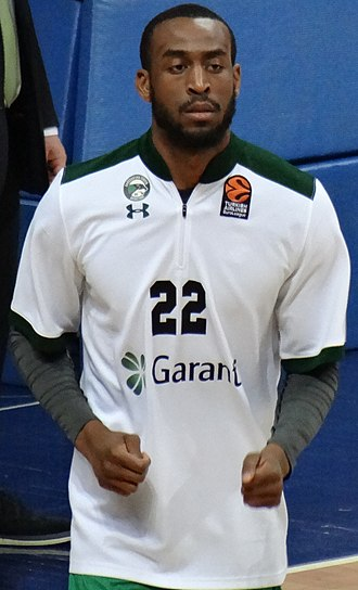 Markel Brown - Brown playing for Darüşşafaka
