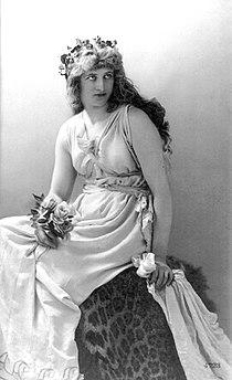 Mary Anderson as Perdita by Henry Van der Weyde 1887 derivative.jpg