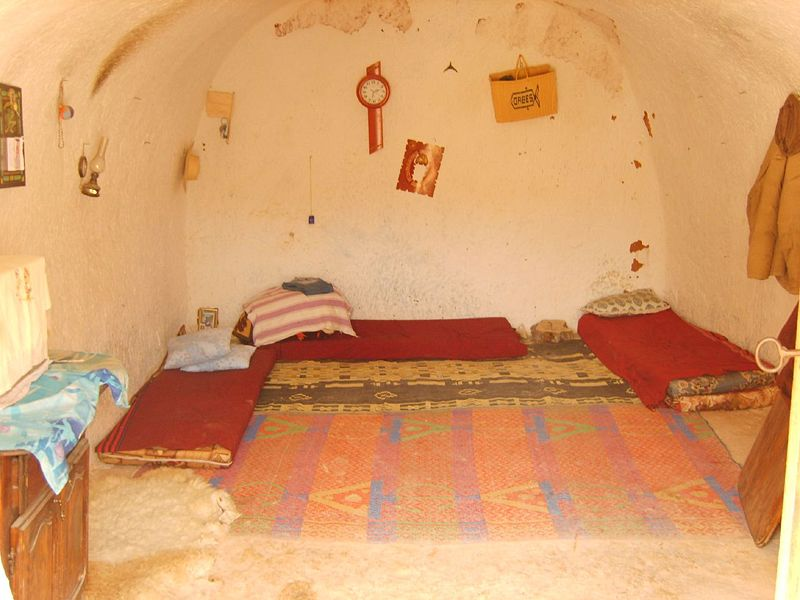 File:Matmata Berber room.jpg
