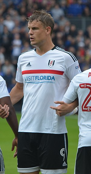 Matt Smith (footballer, born 1989) - Smith playing for Fulham in 2016