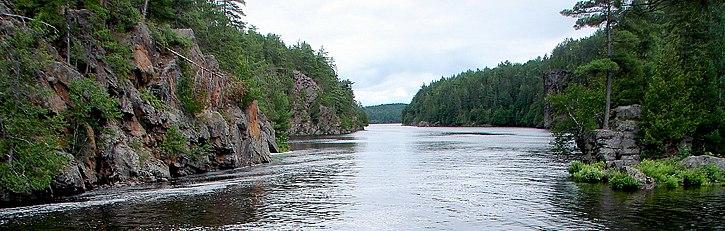 La rivière Mattawa en aval de la chute Talon