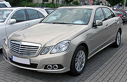 Mercedes E 220 CDI BlueEFFICIENCY Elegance (W212) 20090603 front.JPG