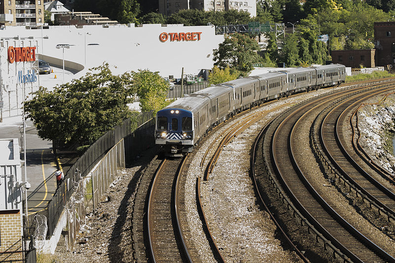 File:Metro North train at Marble Hill.jpg