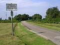 Minor road north of Holmsley Lodge, New Forest - geograph.org.uk - 32778.jpg