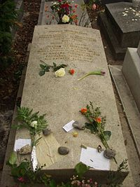 Modigliani and Hébuterne grave.jpg
