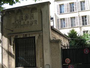 Raymond Federman - Federman lived at 4 rue Louis Rolland at Montrouge