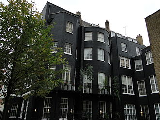 Harry Nilsson - 9 Curzon Place, London in 2012; flat on 4th floor, at top right was Nilsson's, the site of both Cass Elliot's and Keith Moon's deaths.