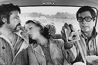 Reed (left) in Dirty Weekend (1973) Mordi e fuggi (1973) - Oliver Reed, Carole Andre, Marcello Mastroianni.jpg