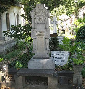 Alexandru Macedonski - Macedonski's grave in Bellu