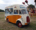 Morris ice cream van (3940846889) (2).jpg