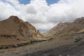 Mountain Ladakh 4.jpg