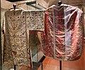 Museo del duomo di guardiagrele, pianete e tonacelle del xviii secolo 05.jpg