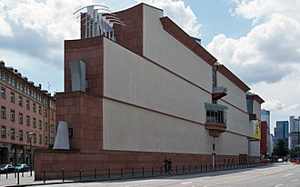 Museum für Moderne Kunst - Northern facade of the museum
