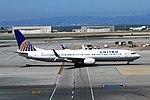 N38451 Boeing 737-924 United SFO 28-05-17 (36132951041).jpg