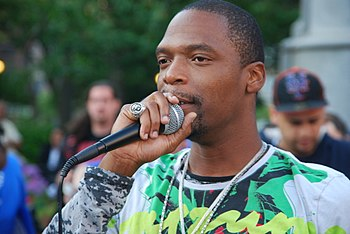 English: M1 of Dead Prez speaking at a rally f...