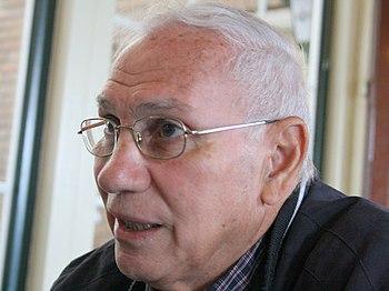 Nederlands: Dr. Naim Stifan Ateek (Arabisch: ن...