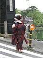 Nara maiko in michiyuki.jpg