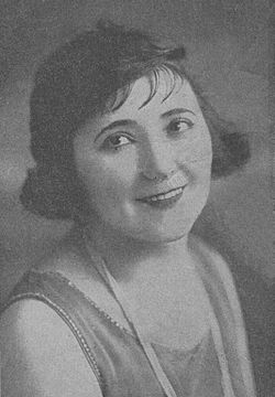 Nellie-casman-1923-yiddish-theater.jpg