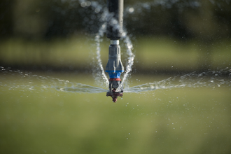 Nozzle - Rotator style pivot applicator sprinkler