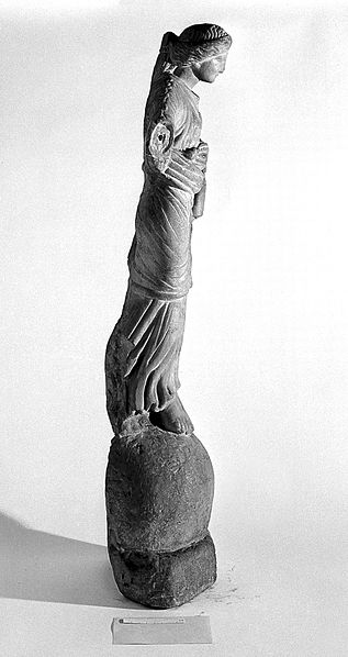 File:Nike statuette on orb Wellcome L0013582.jpg