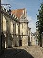 Noyon (60), cathédrale Notre-Dame, mur nord-est du cloître, rue Corbault.jpg