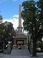 Obelisco Dos de mayo (Madrid) 02.jpg