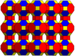 Omnitruncated cubic honeycomb-3.png